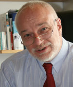 Dr. Uwe Thums